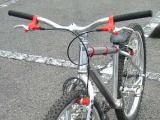 バイクトライアル用自転車では ...